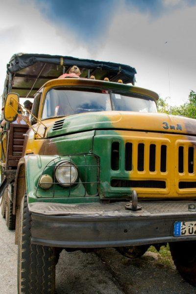 "A cuban ""taxi"" - an old truck"
