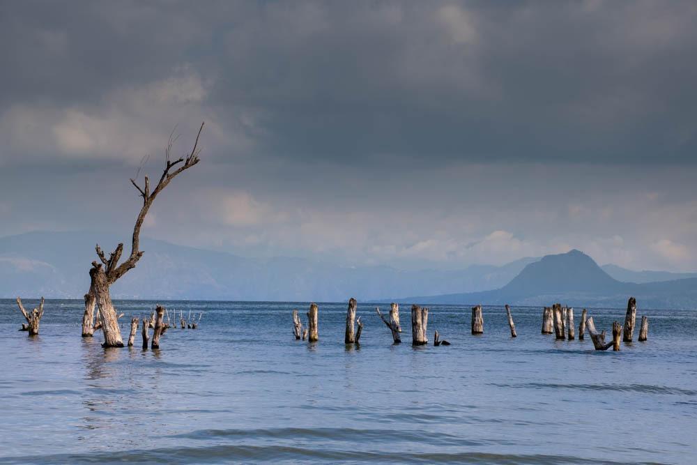 Jezero Atitlan Gvatemala