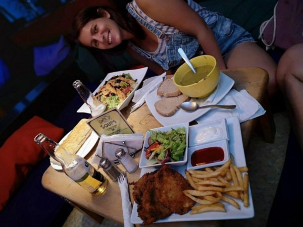 Dinner at Zoola, Antigua - Big portions of chips, meat and salad