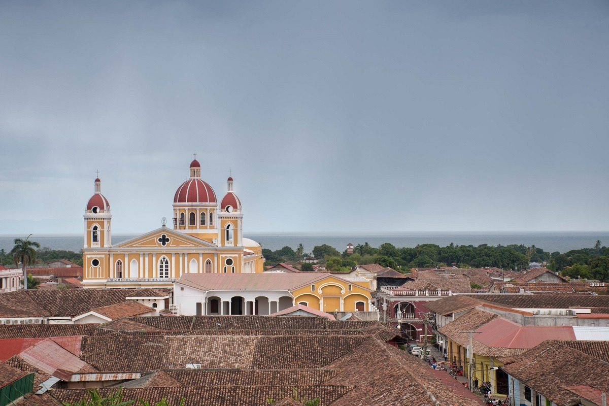 View on church in Granada (Travel Tips Nicaragua)
