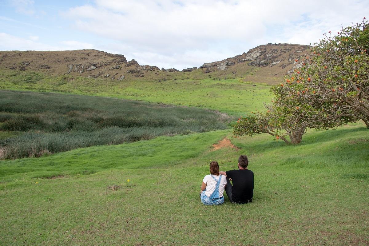 V kraterju vulkana na Velikonočnem otoku