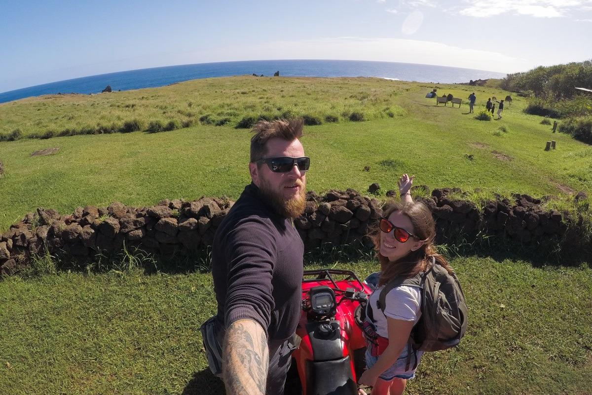 S štirikolesnikom po Velikonočnem otoku - midva na štirikolesniku