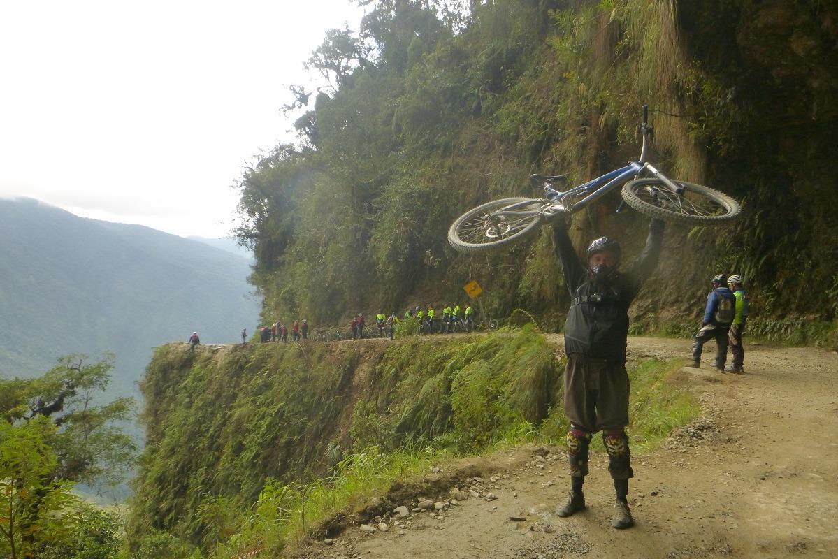 Stroški potovanja za Bolivijo - ture. Bojan na cesti smrti