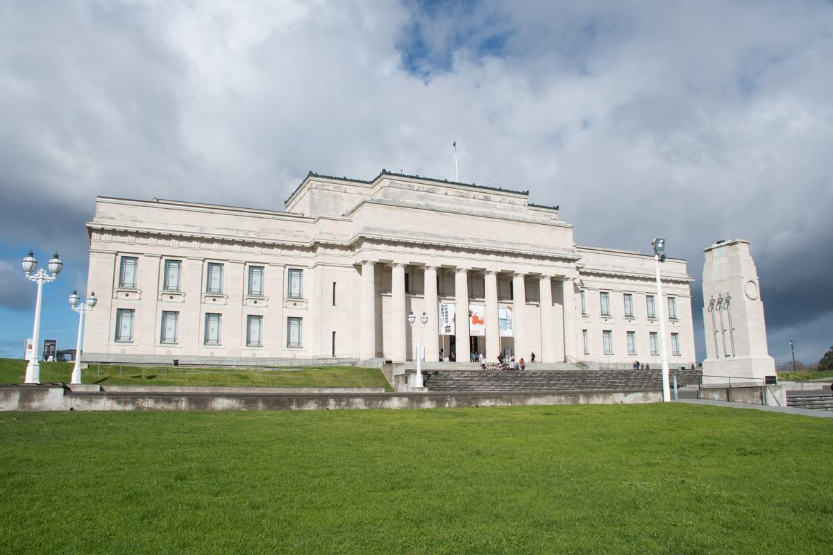 Auckland Museum - big white building (How to spend 3 days in Auckland)