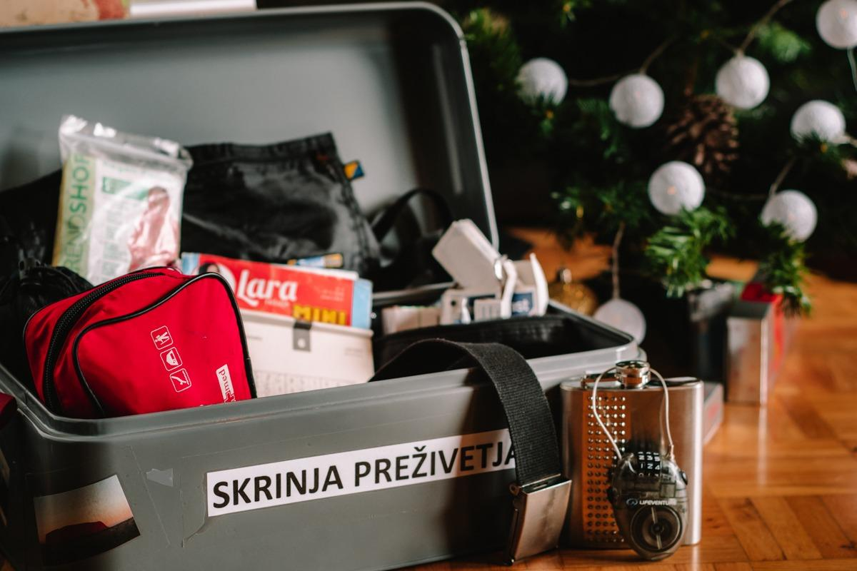 Useful things for travelers - paddlock, first aid kit, travel wallet, sudoku,...under a Christmas tree (Awesome Christmas gifts for travelers)