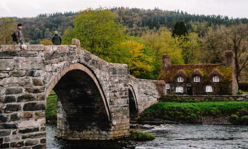Velika Britanija - kamniti most v Walesu