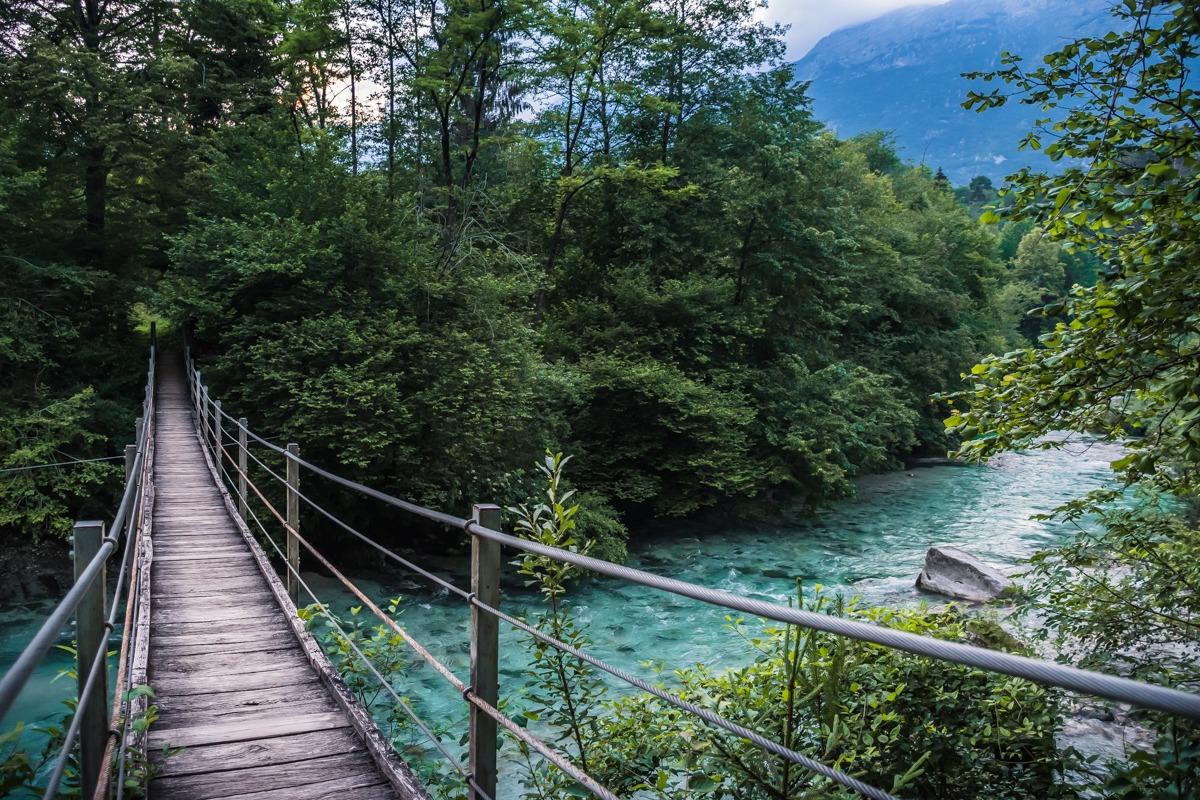 Viseči most čez Sočo pri Bovcu