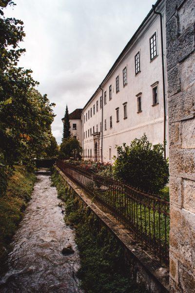 Samostan Stična - ena izmed znamenitosti Dolenjske