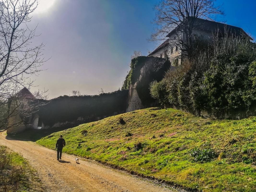 Grad Hmeljnik - ena izmed znamenitosti Dolenjske